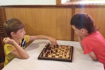 """Шахи. Студія розвитку особистості """"Вундеркінд"""""""